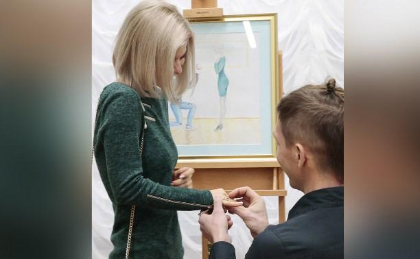 Туляк сделал предложение девушке в музее изобразительных искусств