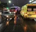 На улице Октябрьской в Туле реанимобиль столкнулся с «Ладой»