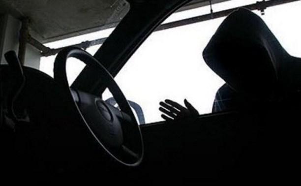 В Туле двое школьников совершили кражу из автомобиля
