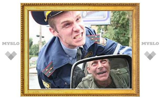 В Туле пьяный водитель напал на сотрудника ГИБДД