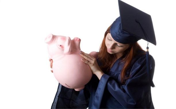 КоммерсантЪ: Правительство установит график выплат стипендий студентам