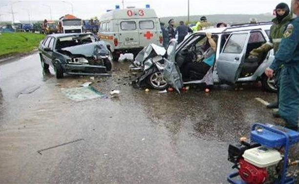 Крупное ДТП в Алексине: двое в реанимации, один ранен