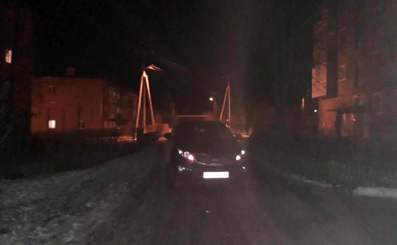 В Суворове Kia Sportage сбил во дворе двух пешеходов