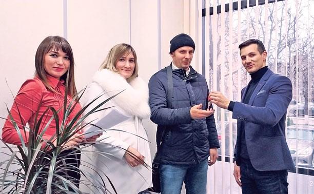 Первые дольщики ЖК «Вертикаль» получили ключи от квартир