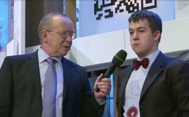 Туляк Владимир Ниценко получил орден на телепередаче «Умницы и умники»
