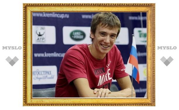 Тульский теннисист проиграл во втором круге