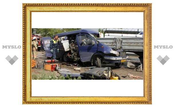 Под Тулой разбилась маршрутка: 1 погиб, 7 в критическом состоянии