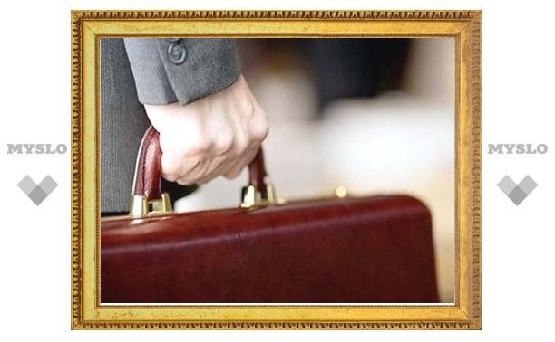 Бывший помощник экс-губернатора Дудки требует с правительства Тульской области деньги