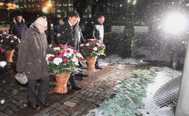 В Туле почтили память защитников города-героя