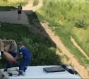 ЧП в Новомосковске: пьяный мужчина выпал с балкона и повис на газовой трубе