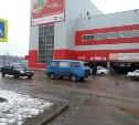 В Алексине 15-летняя школьница попала под колёса фургона