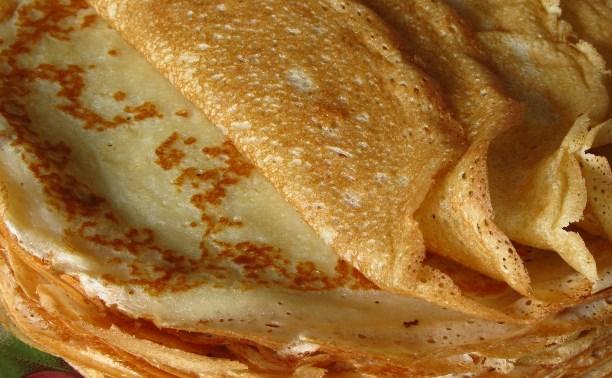 Диетолог рекомендует съедать на Масленицу не больше 20 блинов в день