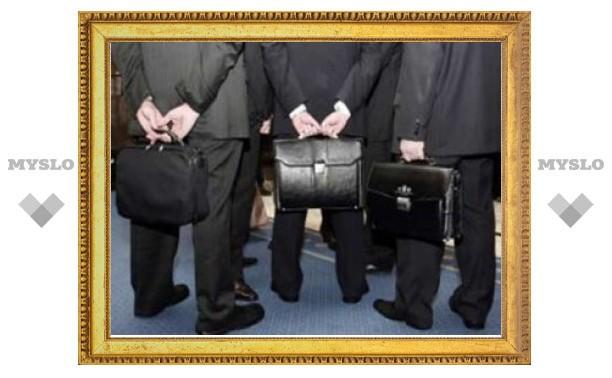Груздев предложил сэкономить на чиновниках