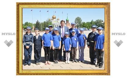 Мэр Тулы пообщался с юными инспекторами ГИБДД