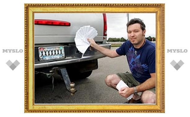 Британец с автомобильным номером XXXXXXX получает штрафы за всех владельцев машин с неопознанными номерами