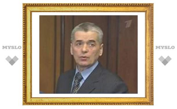 Онищенко призвал заменить холодное пиво горячим чаем