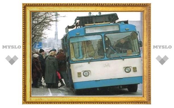 Встреча двух экс-любовников в Туле закончилась дракой в троллейбусе