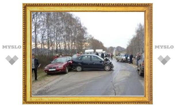 Под Тулой Лада-Калина протаранила Опель