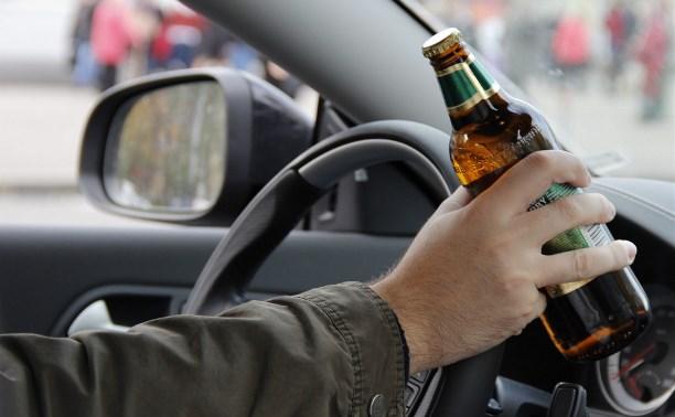 За выходные сотрудники ГИБДД остановили более 60 пьяных водителей