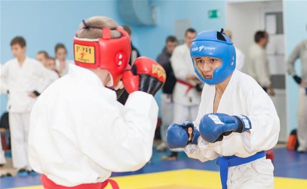 Тульские мастера рукопашного боя отличились в Калининграде