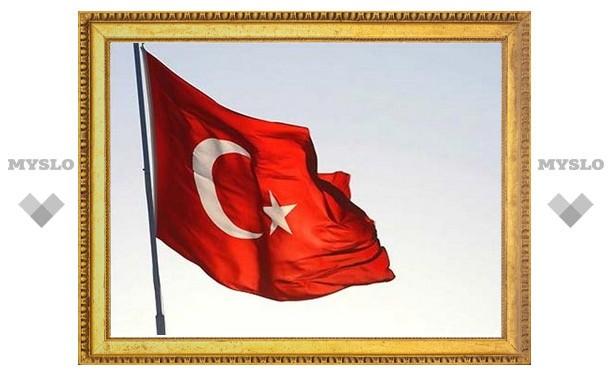 Турция приостановила отношения с Францией из-за закона о геноциде армян