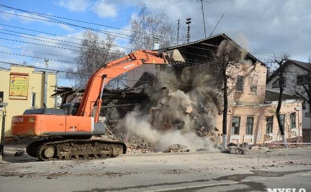 Собственников рухнувшего на улице Октябрьской дома оштрафуют
