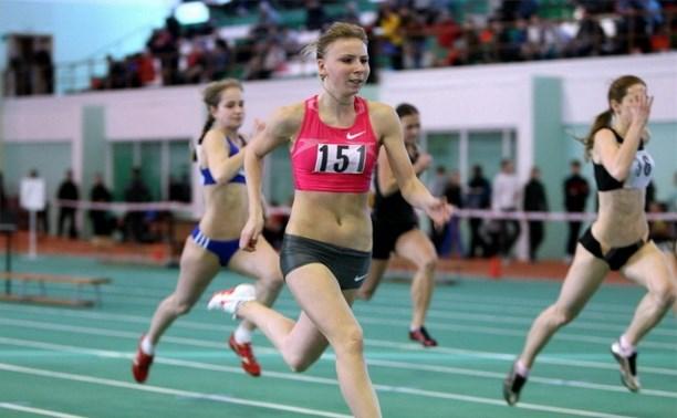 Дебютный старт в году у легкоатлетки Екатерины Реньжиной получился серебряным