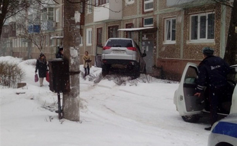 В Новомосковске осудят женщину за пьяные гонки на «Мицубиси»