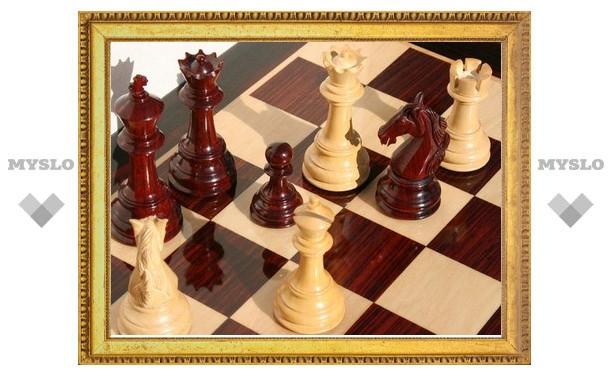 Тульские шахматистки провели по две партии без поражений