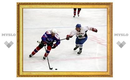 Хоккейный «Алексин» лидирует в России