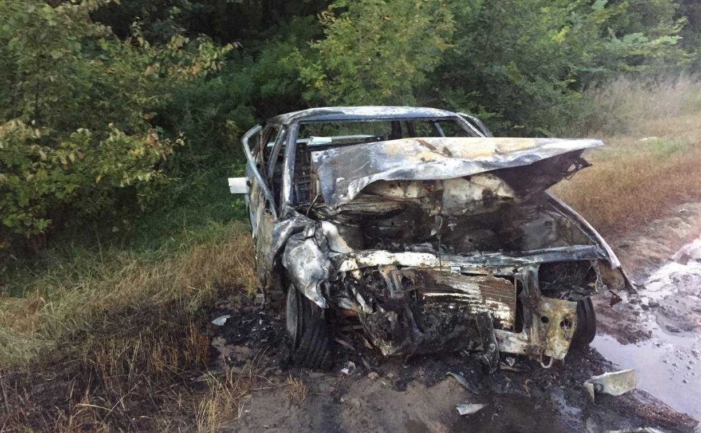 Под Киреевском «Лада» загорелась после столкновения с Renault: пострадали трое