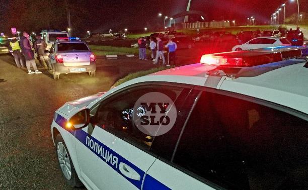 В Тульской области опрокинулась легковушка: погибли три человека