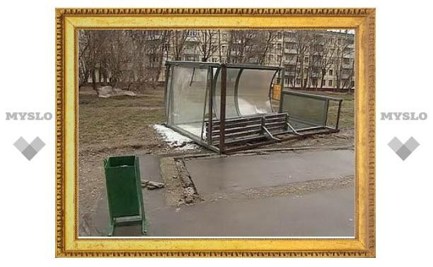 Ветер повалил в Москве более 130 деревьев