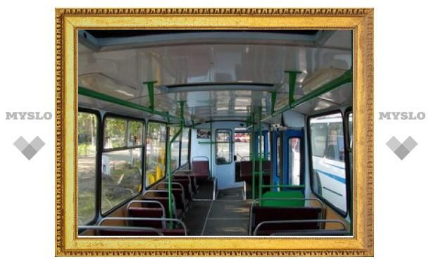 В тульском троллейбусе произошла драка