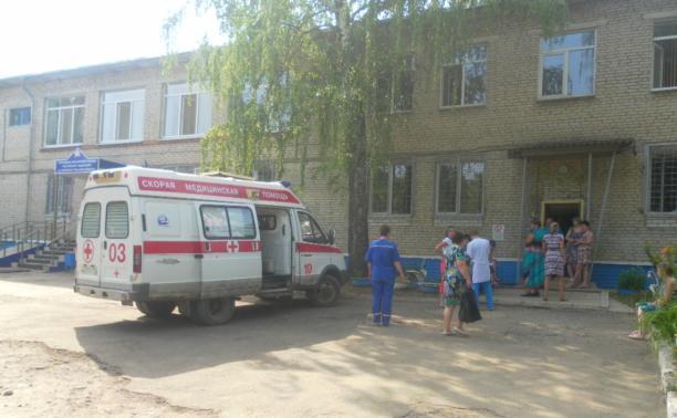 В Ефремове 20 человек отравились неизвестным веществом