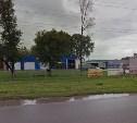 На парковке возле завода «Балтика» загорелся КамАЗ