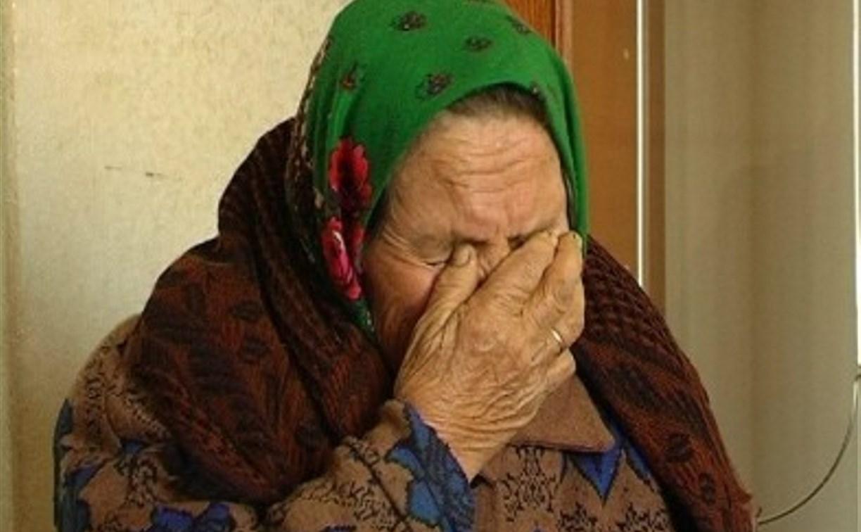 В Кимовском районе преступник жестоко избил пенсионерку, чтобы украсть алкоголь из ее дома