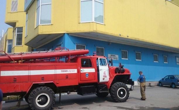 В ТЦ «Демидовский» прибыли несколько пожарных расчетов