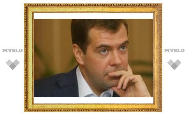 Медведев проведет совещание по борьбе с пьянством