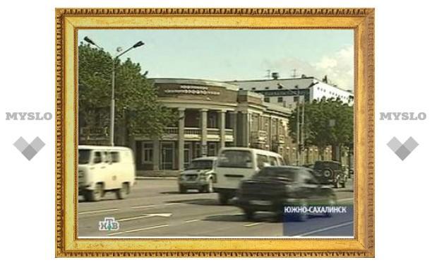 На Сахалине пьяный милиционер насмерть сбил двух студентов