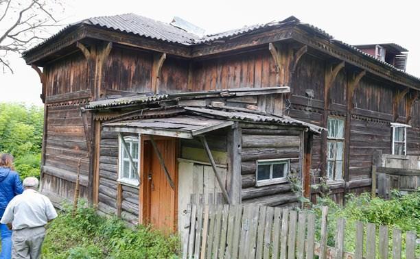 Коммунальный хоррор: люди выживают в 130-летнем доме-призраке, который не замечают власти