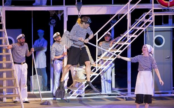 В тульском театре поют о любви и говорят за Одессу