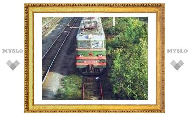Сошедшие с рельсов в Свердловской области вагоны подняты