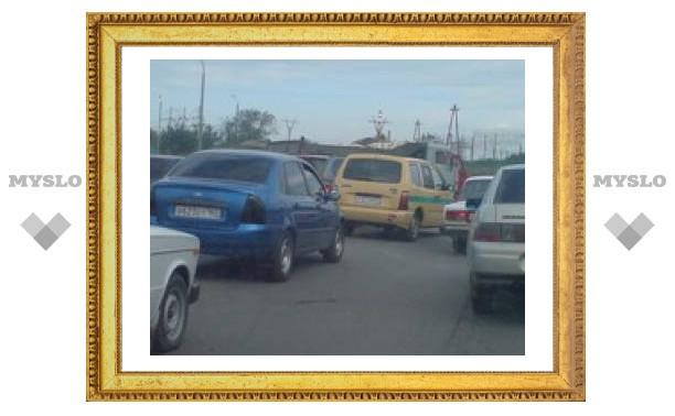 На Новомосковском шоссе Тулы пробка