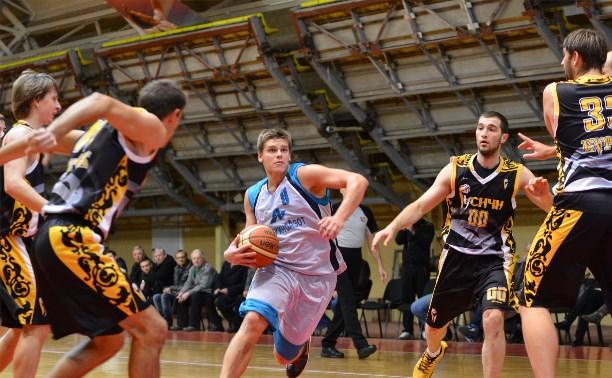 Баскетбольные команды проведут последние игры календарного года