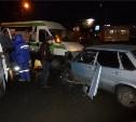 В Мясново лоб в лоб столкнулись ВАЗ-2115 и пассажирский микроавтобус