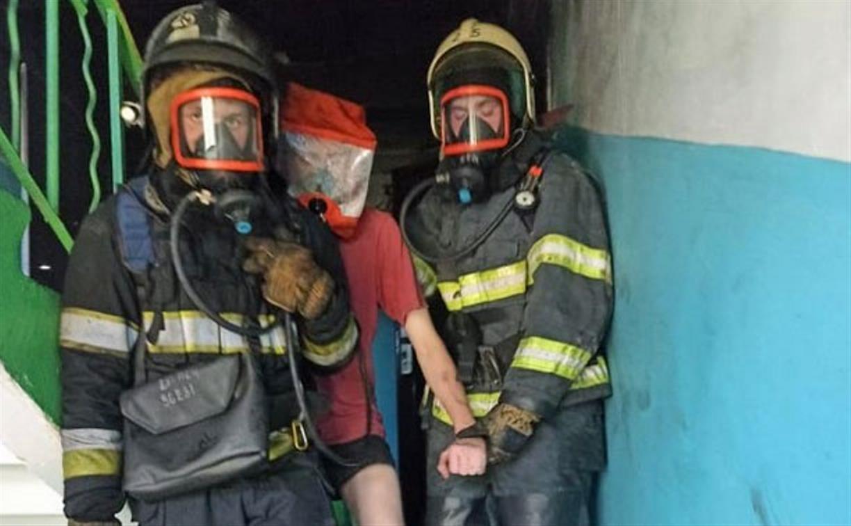 Три человека пострадали на пожаре в Новомосковске