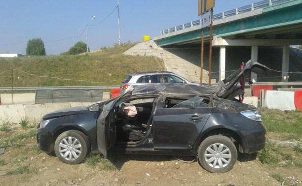 """На автодороге М2 """"Крым"""" пьяная тулячка врезалась в бетонное ограждение"""