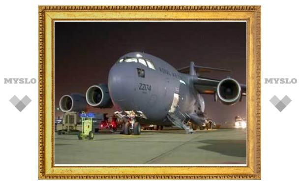 США отправят на помощь беженцам из Ливии военные самолеты
