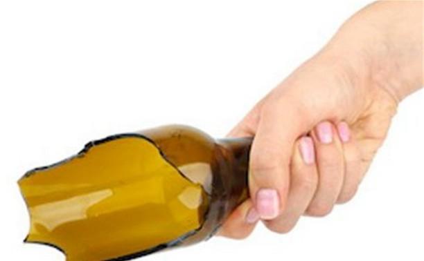 Туляк зарезал знакомого матери осколком бутылки